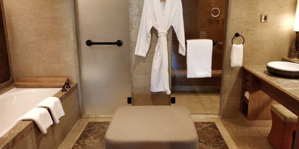 Hyatt Regency Bali Suite Bad