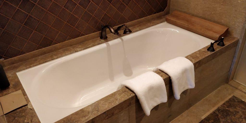 Hyatt Regency Bali Suite Bad 2