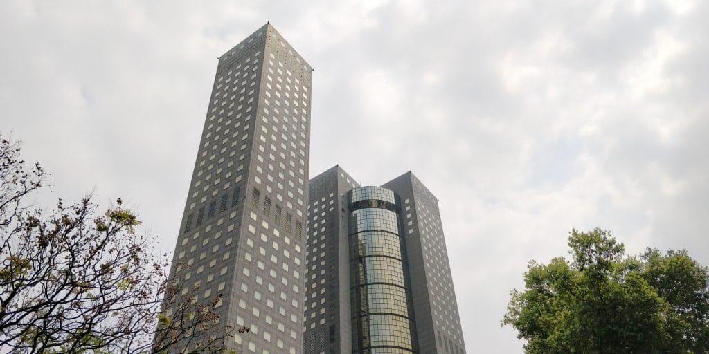 Shangri La's Far Eastern Plaza Taipeh Gebäude