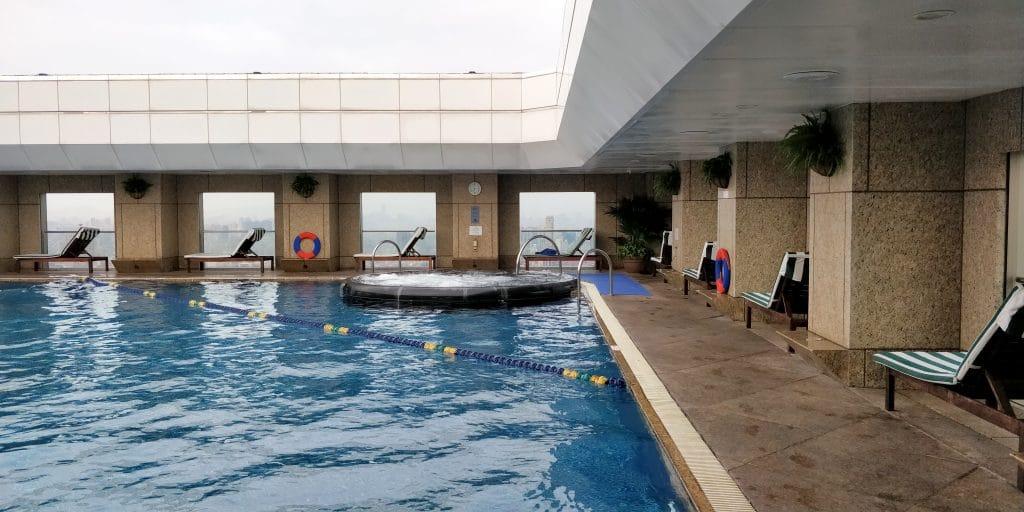 Shangri La's Far Eastern Plaza Taipeh Pool 4