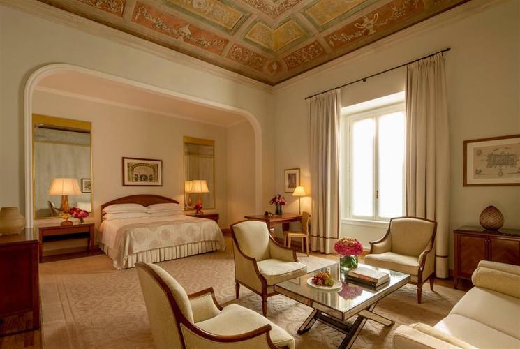 Four Seasons Hotel Milano Suite