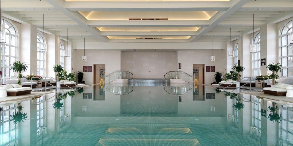 Hilton Dalian Golden Pebble Beach Pool