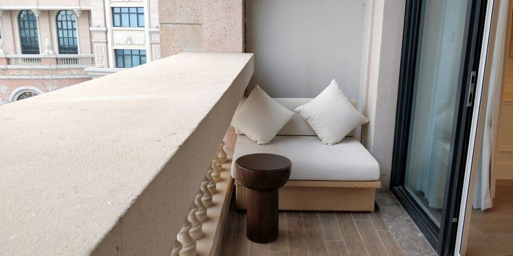 Hilton Dalian Golden Pebble Beach Suite Terrasse 4