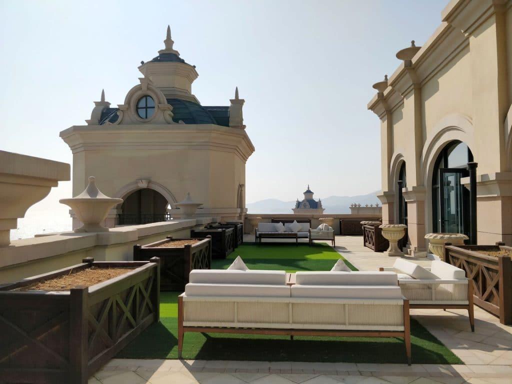 Hilton Dalian Golden Pebble Beach Suite Terrasse 6