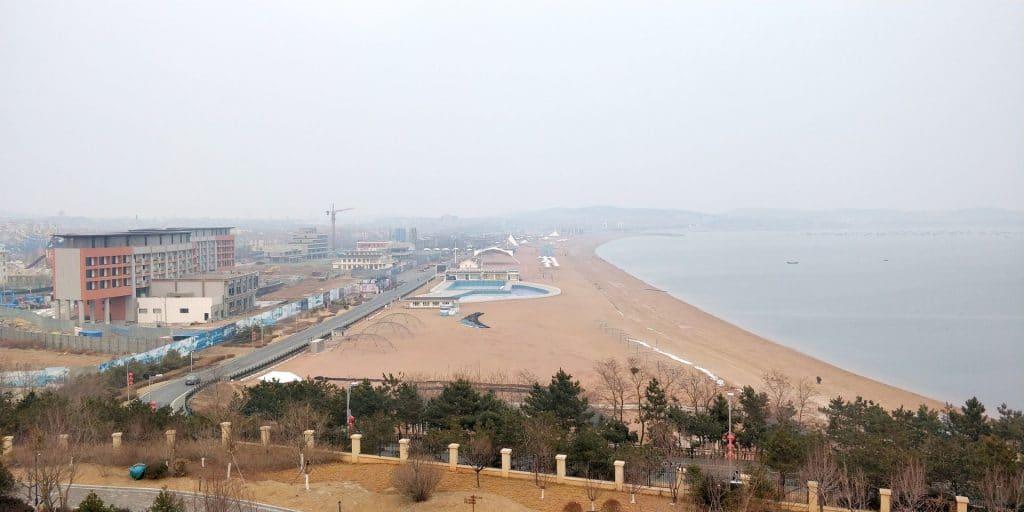Hilton Dalian Golden Pebble Beach Suite Terrasse Ausblick