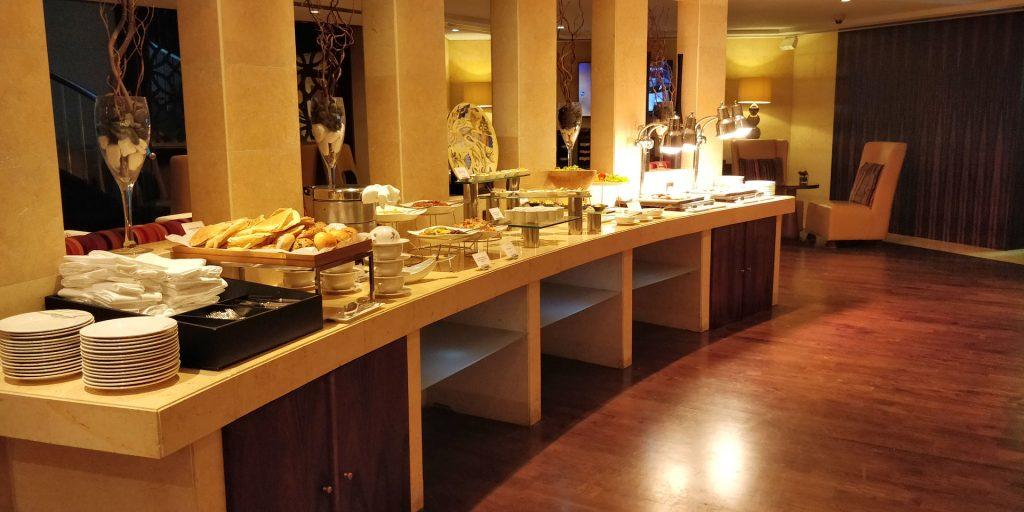 Raffles Dubai Club Abendessen