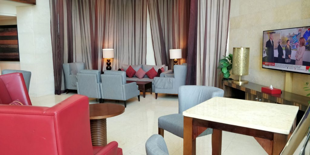 Raffles Dubai Club Lounge 3