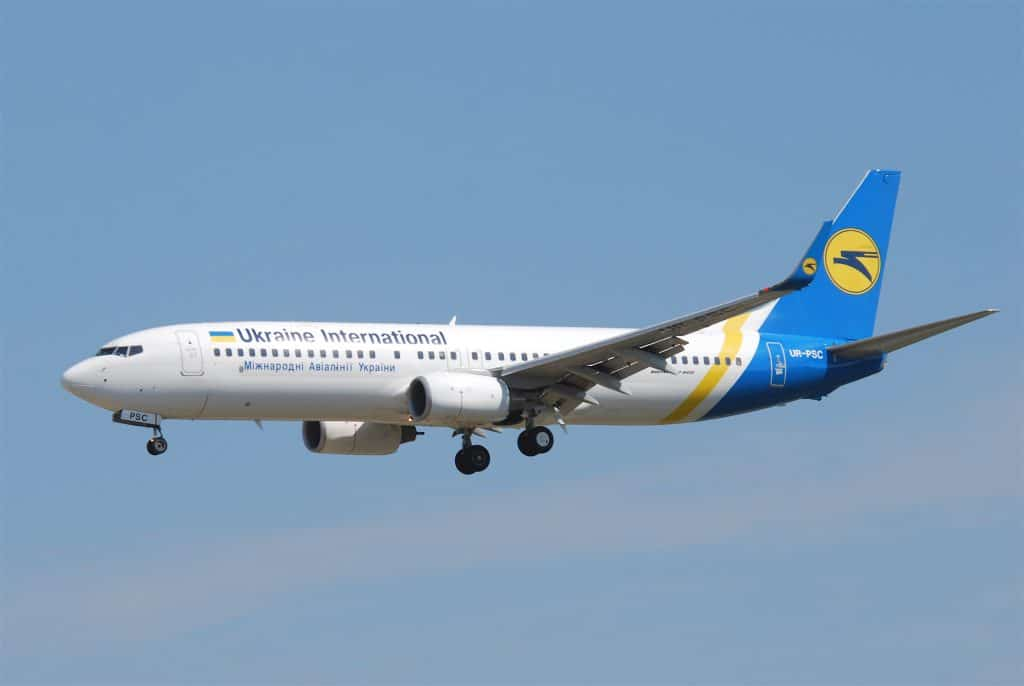 Ukraine International Airlines Boeing 737 2