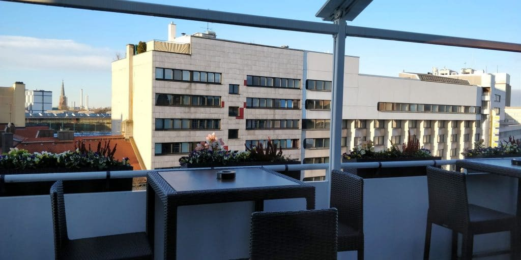 Hilton München City Lounge Terrasse