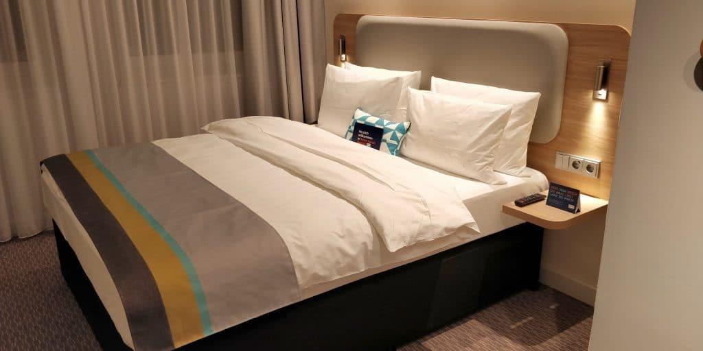 Holiday Inn Express Frankfurt City Westend Zimmer