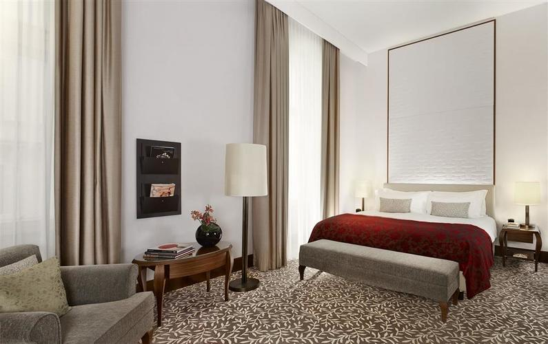 The Ritz Carlton Wien Zimmer(2)