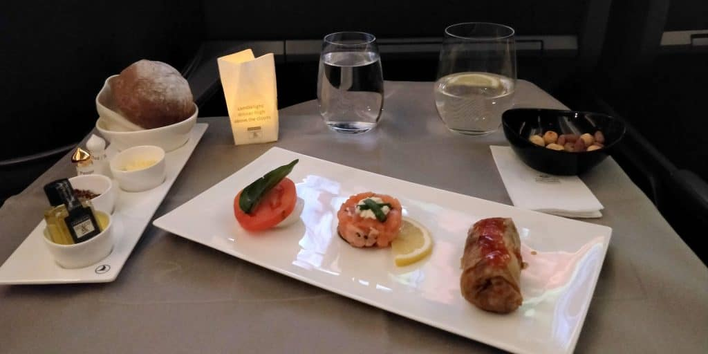 Turkish Airlines Business Class Boeing 787 Abendessen 2