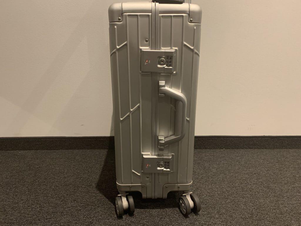 Gundel Koffer Von Der Seite