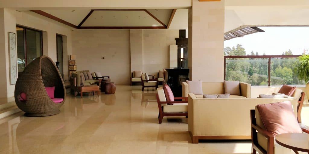 HUALUXE Kunming Lounge Terrasse