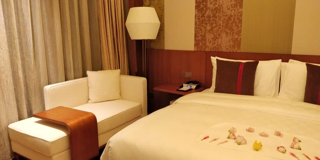 HUALUXE Kunming Suite Schlafzimmer