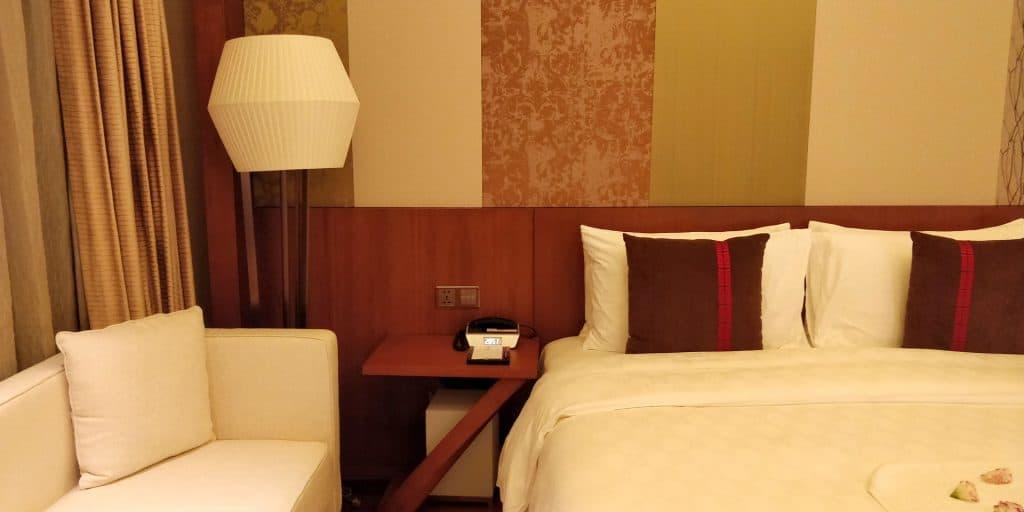 HUALUXE Kunming Suite Schlafzimmer 2