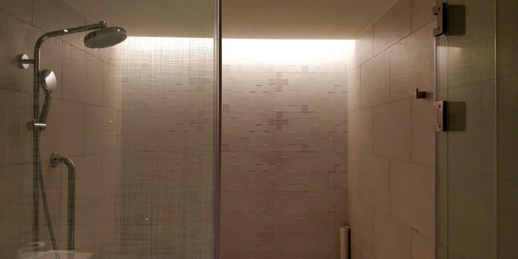 Hilton Taipei Sinban Suite Bad 3
