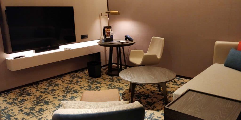 Hilton Taipei Sinban Suite Wohnzimmer