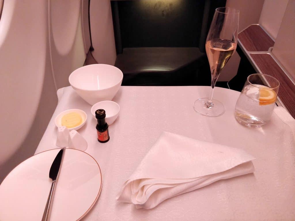 Oman Air Business Class Airbus A330 Abendessen