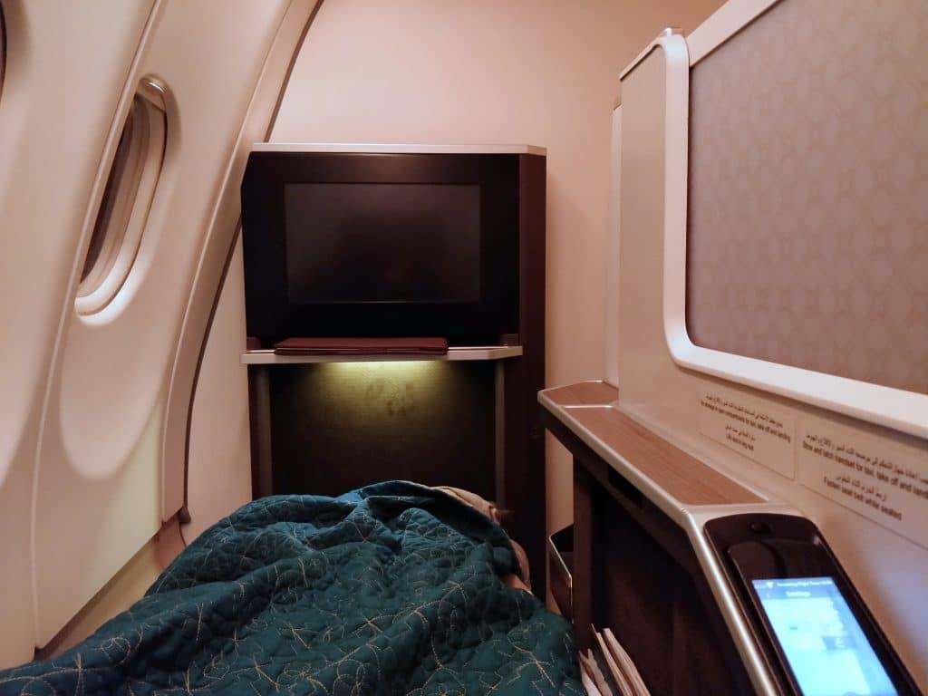 Oman Air Business Class Airbus A330 Bett 2