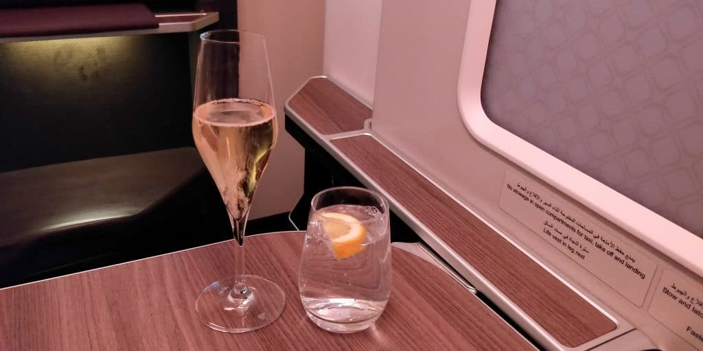 Oman Air Business Class Airbus A330 Champagner 2