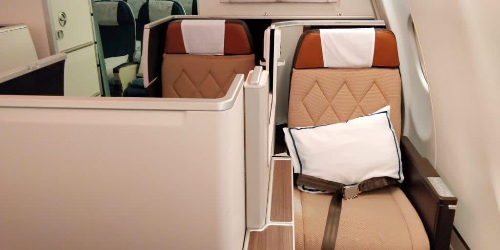 Oman Air Business Class Airbus A330 Sitz 9
