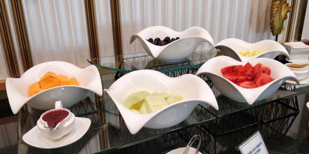 Oman Air Lounge Maskat Buffet 5