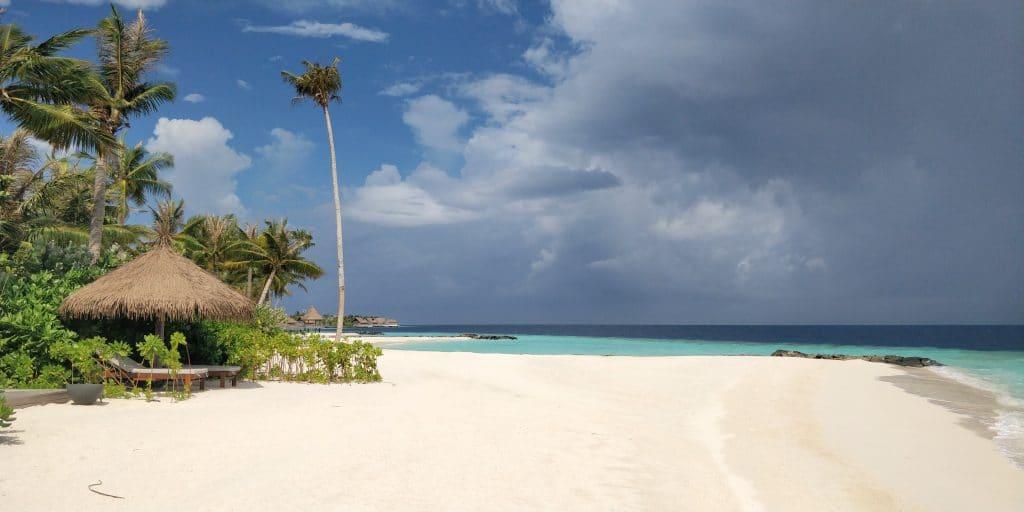 Waldorf Astoria Maldives Ithaafushi Beach Villa 4