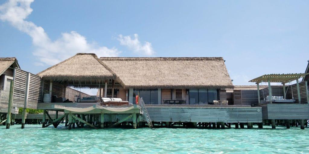 Waldorf Astoria Maldives Ithaafushi Overwater Villa Außenansicht