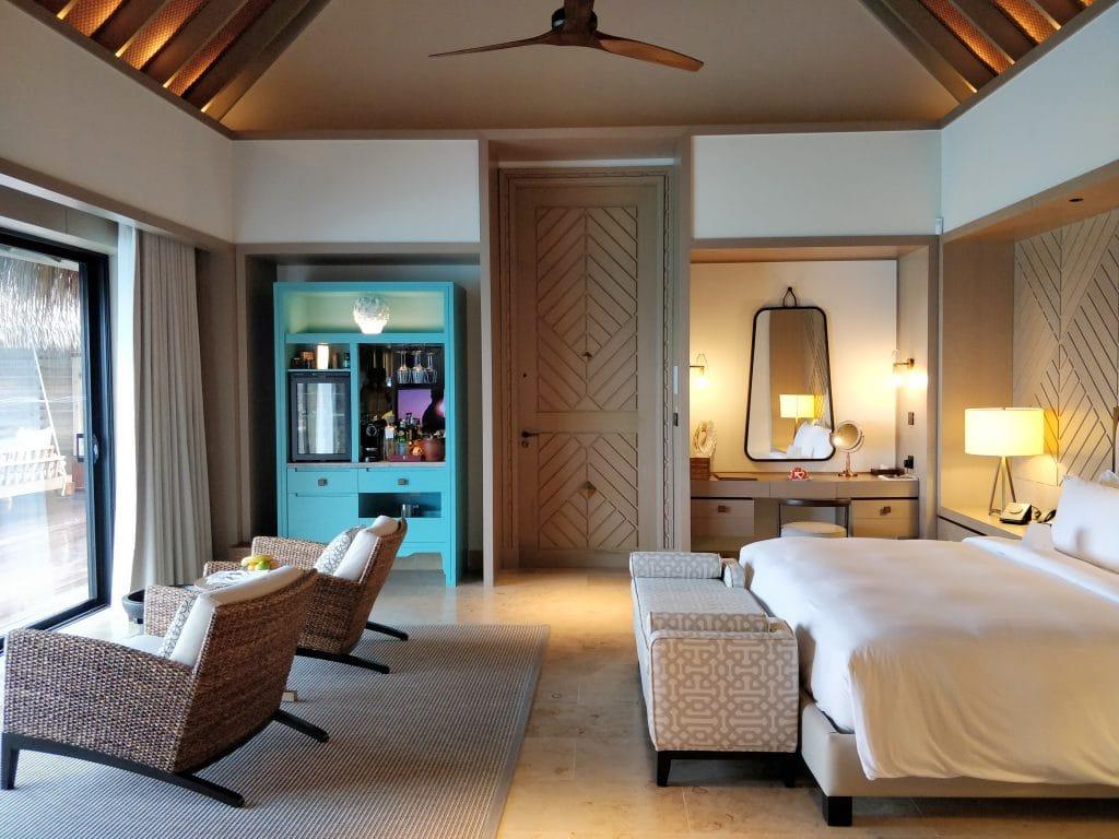 Waldorf Astoria Maldives Ithaafushi Overwater Villa Schlafzimmer 13