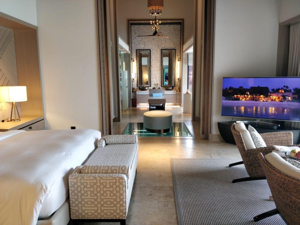Waldorf Astoria Maldives Ithaafushi Overwater Villa Schlafzimmer 14