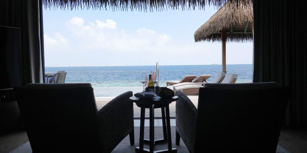 Waldorf Astoria Maldives Ithaafushi Overwater Villa Schlafzimmer 16