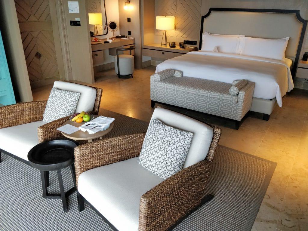 Waldorf Astoria Maldives Ithaafushi Overwater Villa Schlafzimmer 2