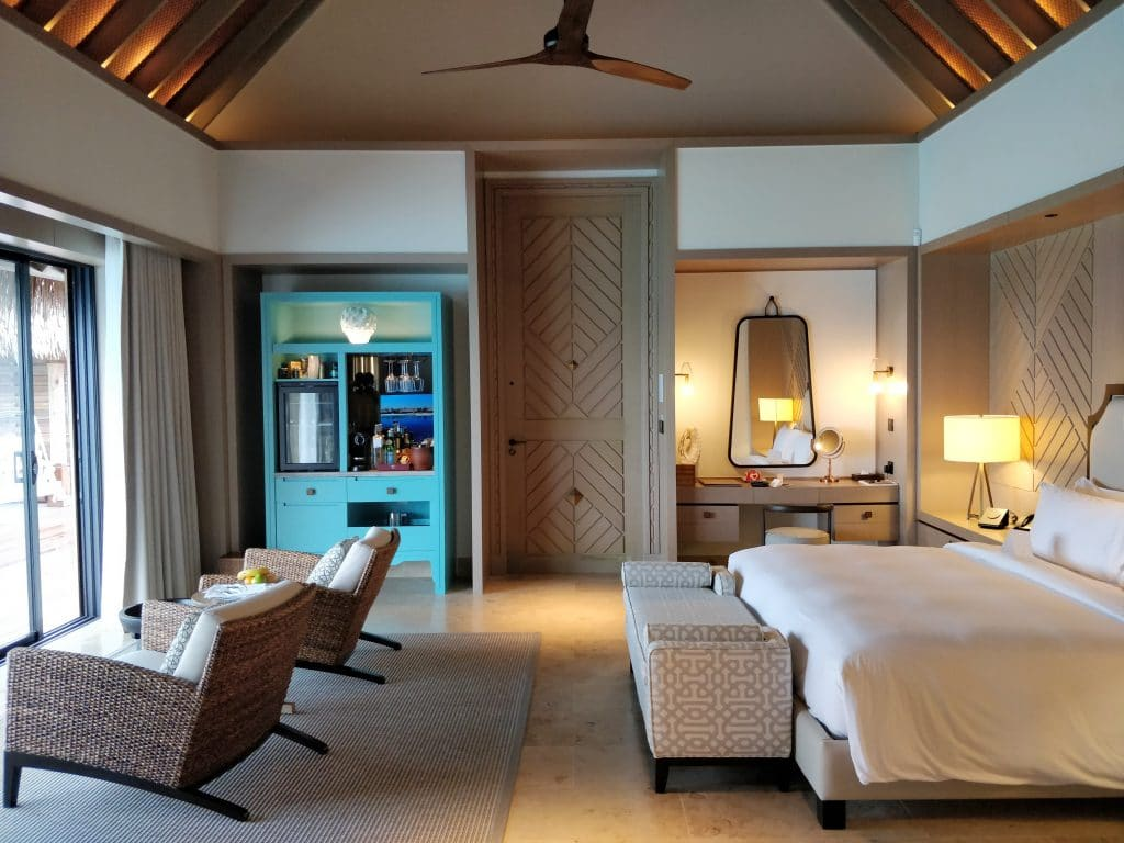 Waldorf Astoria Maldives Ithaafushi Overwater Villa Schlafzimmer 4