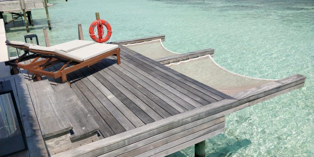 Waldorf Astoria Maldives Ithaafushi Overwater Villa Terrasse 14