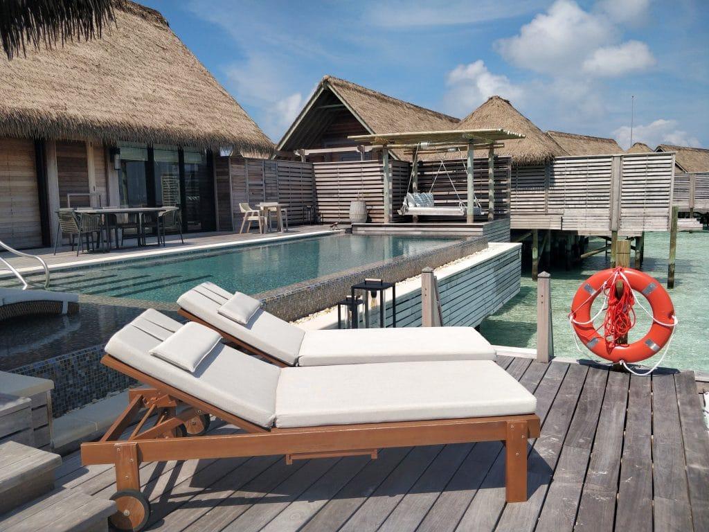 Waldorf Astoria Maldives Ithaafushi Overwater Villa Terrasse 19