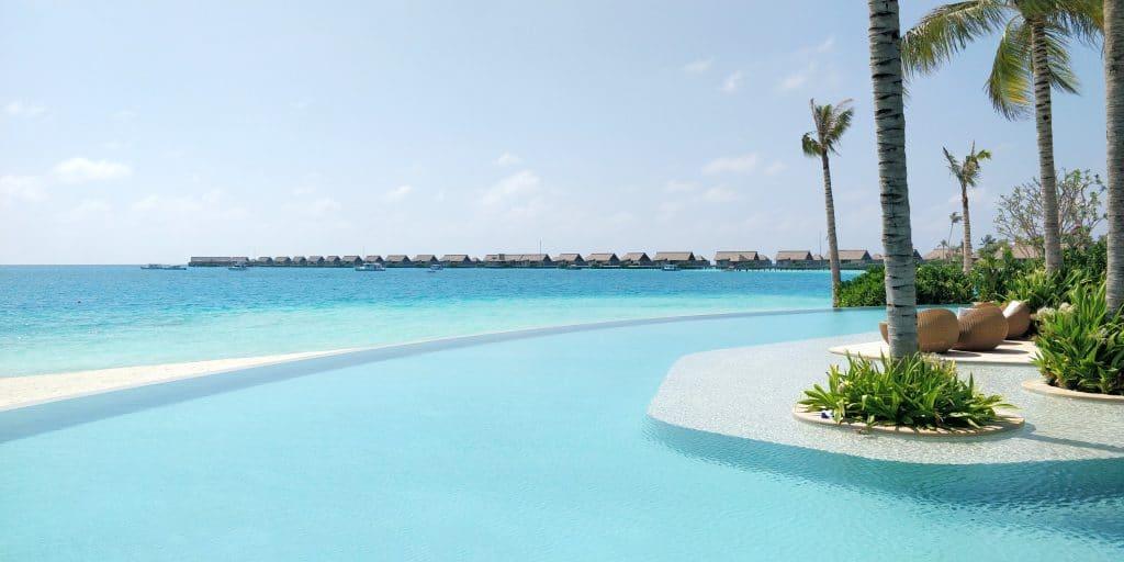 Waldorf Astoria Maldives Ithaafushi Pool 8