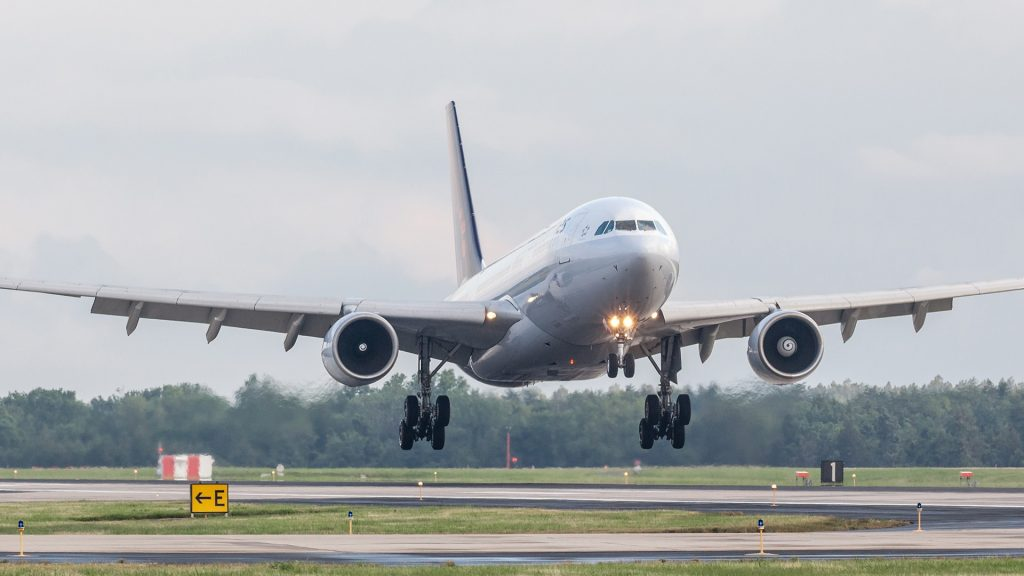 Brussels Airlines A330 03