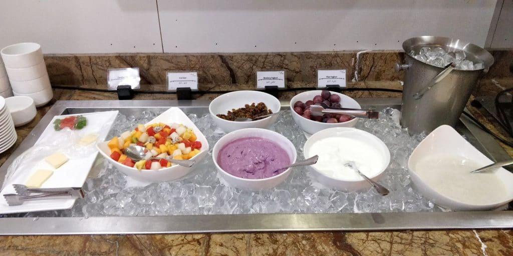 Leeli Lounge Male Buffet