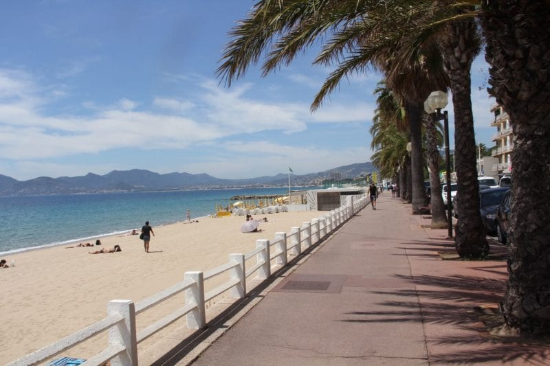 Cannes Strand 800x533