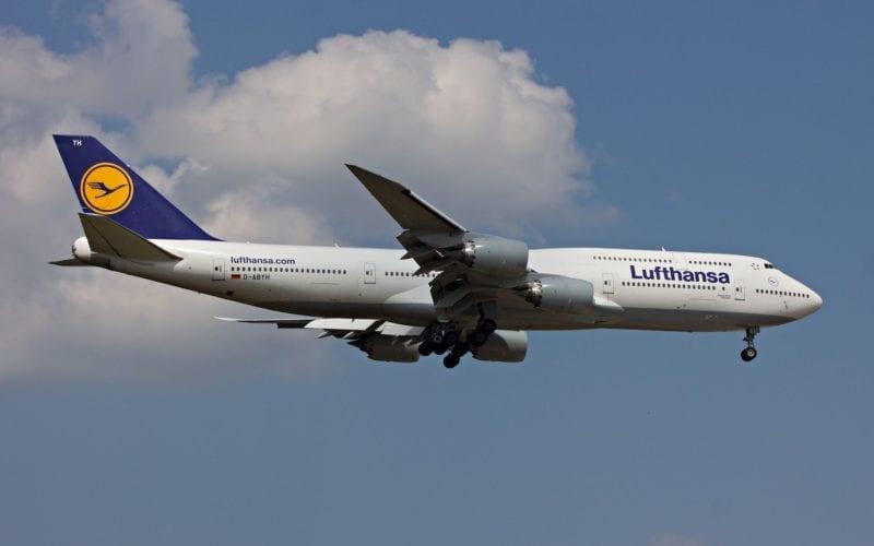 Lufthansa Boeing 747 800x500