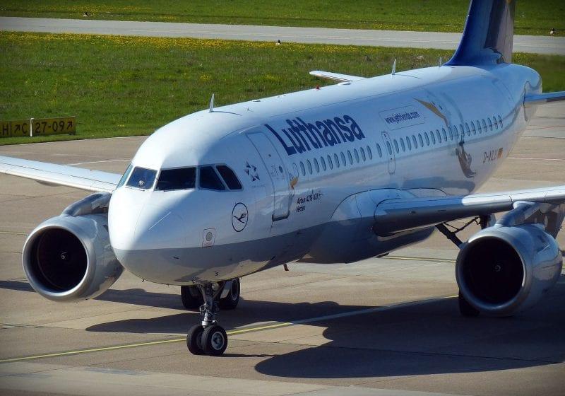 Lufthansa A320 800x560