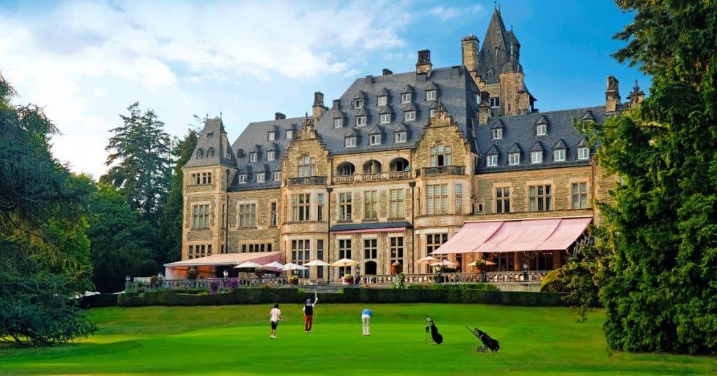 Schlosshotel Kronberg Außenansicht