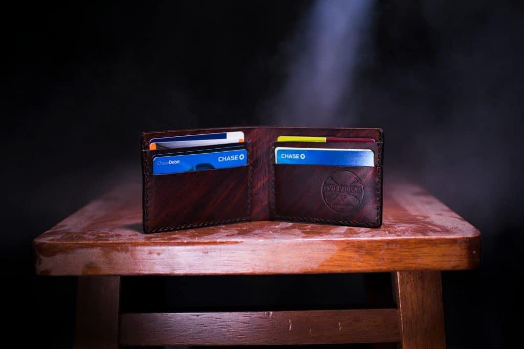 Visa oder Mastercard im geldbeutel
