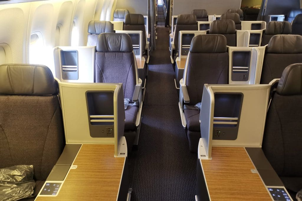 American Airlines Boeing 767 Business Class 0