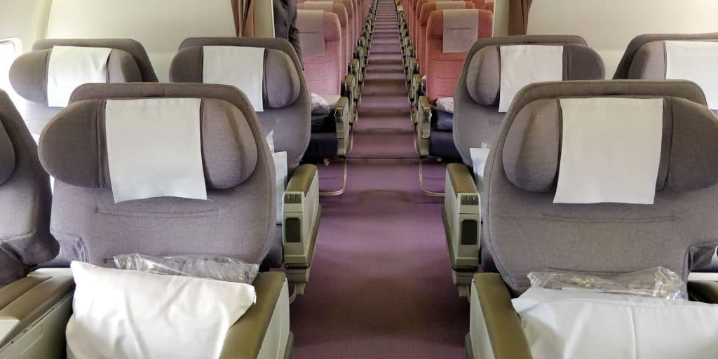 China Airlines Business Class Boeing 737 Kabine