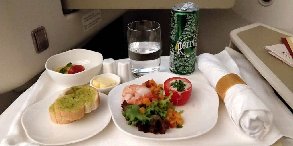 Vietnam Airlines Boeing 787 Business Class Abendessen