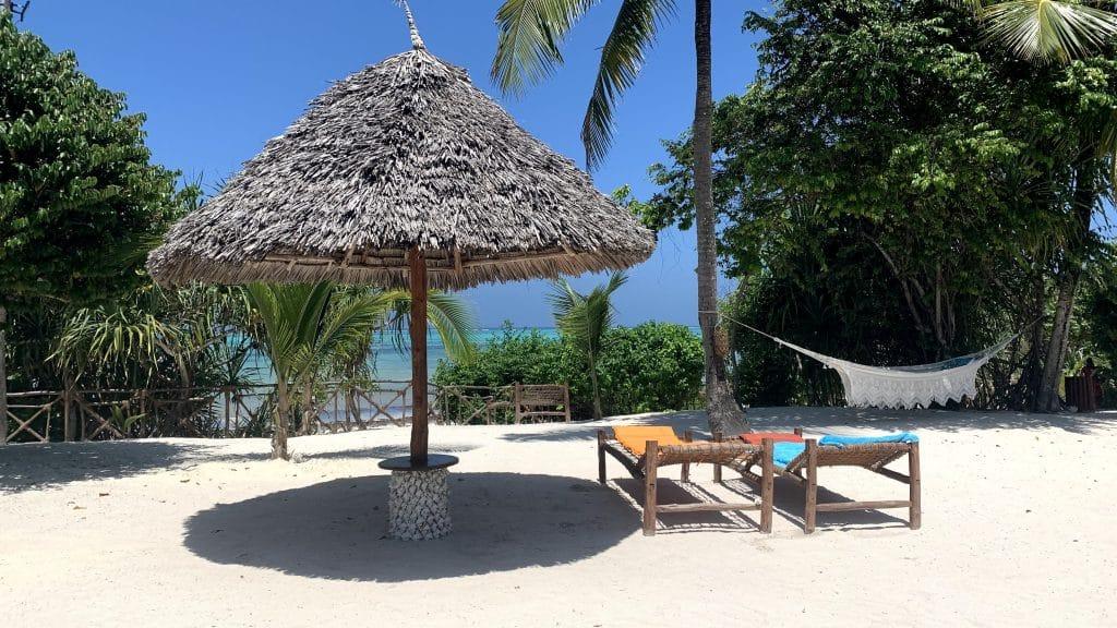 Tikitam Palms Boutique Hotel Zanzibar Pool Strand