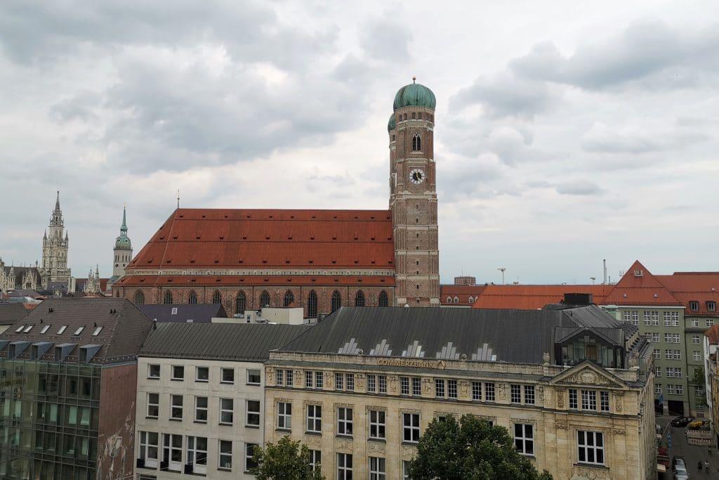 Bayerischer Hof München Dachterrasse