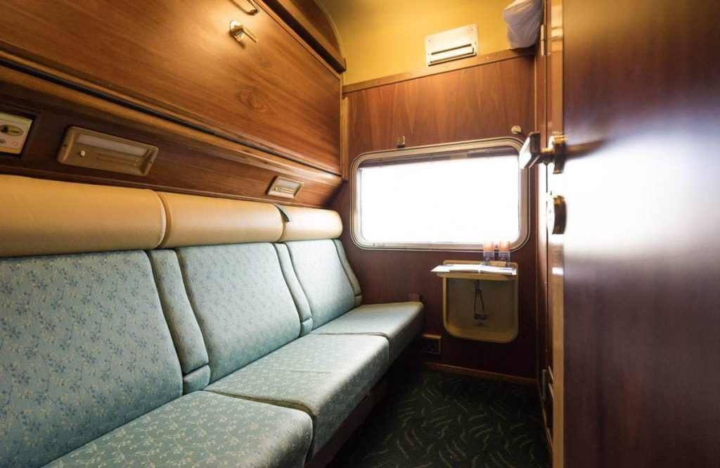 Gold Twin Cabin Indian Pacific
